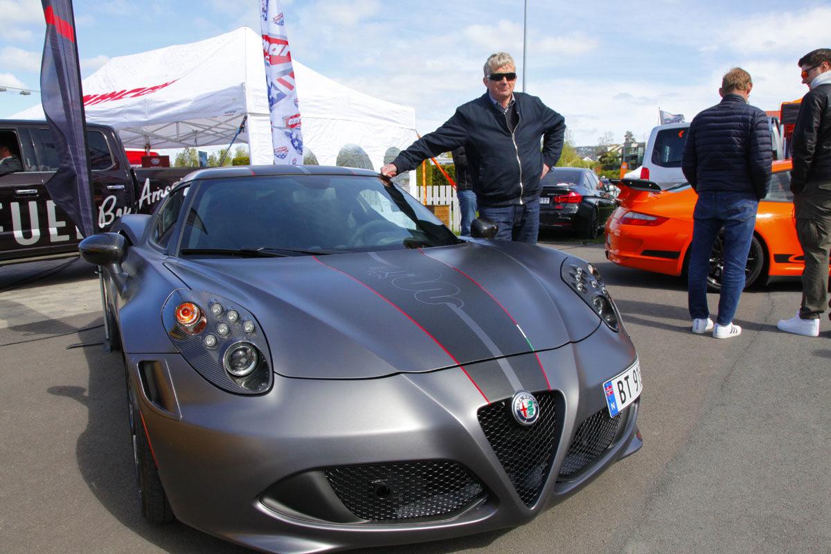 Alfa Romeo 4C Competitione.