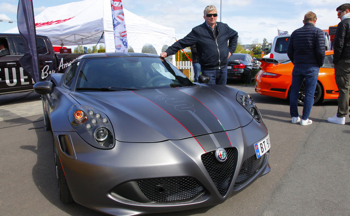 Alfa Romeo 4C Competitione