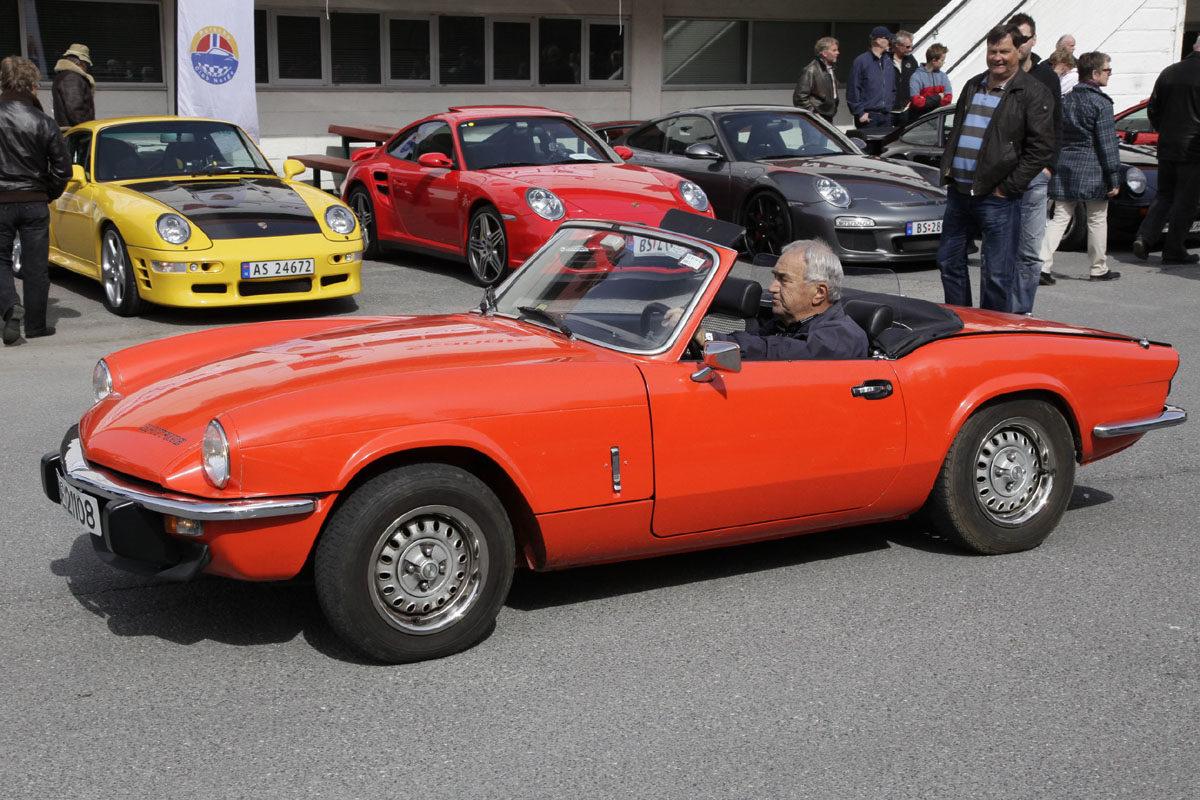 Triumph Spitfire var en stor inspirasjonskilde under utviklingen av Mazda MX-5. Her fra Norsk Sportsvogn Klubbs Vårmønstring 2012. Foto: ©Morten Larsen
