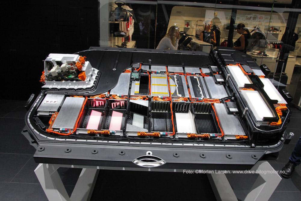 Audi e-tron. Foto: ©Morten Larsen. www.drive-bilogmotor.no. Batteri elbil